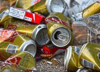 trash can,